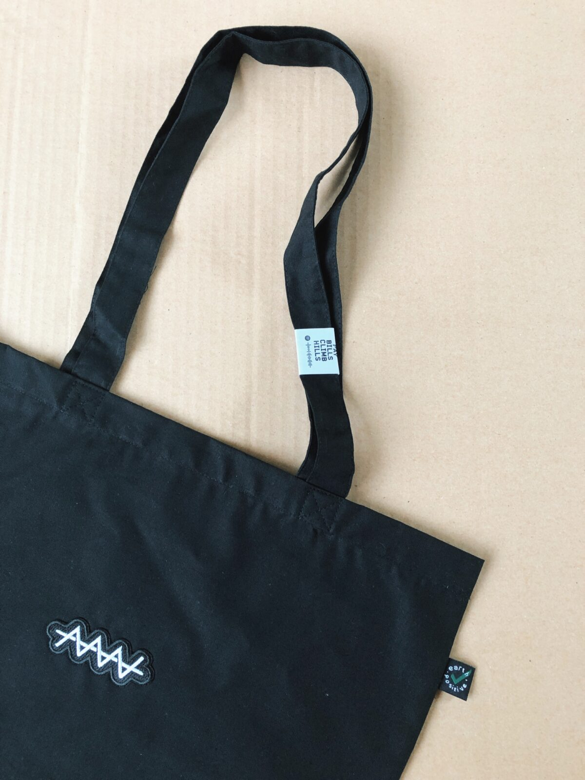 Organic cotton, CO2 Neutral Tote bag with a scannable Spotify tag